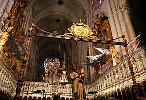 inside Toledo's Cathedral (photo credit: Wikipedia)
