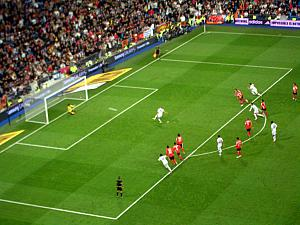 Real Madrid scores on a penalty kick!
