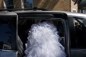 Kyleen disappearing into the limo/van :)