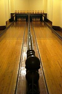 Biltmore's two-lane bowling alley - installed by Brunswick Billiards of Cincinnati, OH!