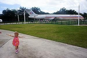 Thursday, March 9: Capri flying like an airplane! We're at San Juan's Museo del Ninos -- the Children's Museum! Very cool that they had a real airplane that you could tour.